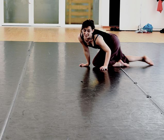 Improvvisazione durante un workshop con Sono Hoffmann, Life/Art Process®. Daria Mascotto, foto di Laura Colomban